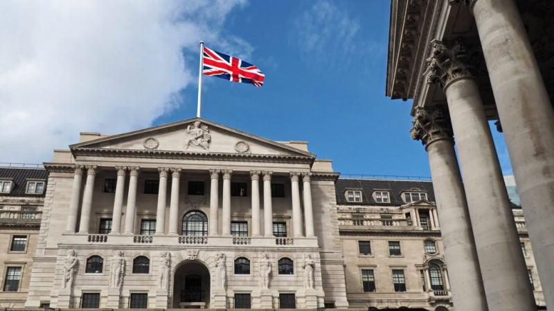 英格兰银行扩大资产购买计划,因担心会出现更高和更持久的失业