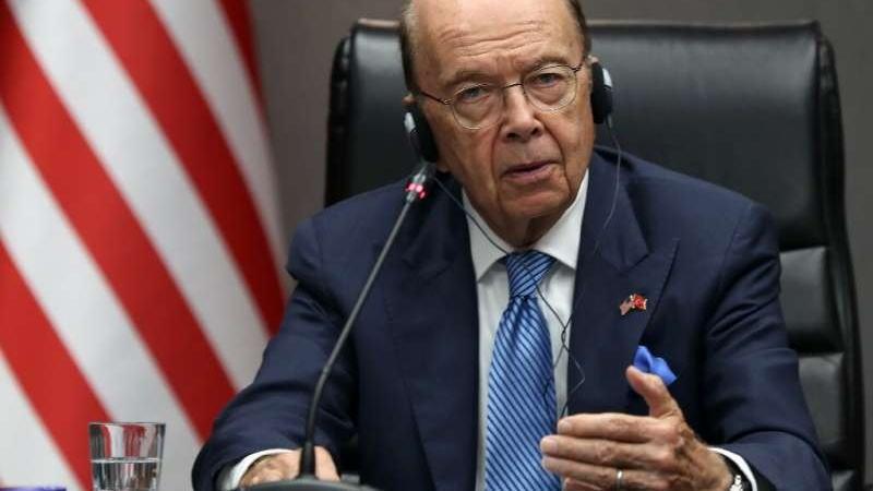 """美国商务部长罗斯:美国公司向中国电信巨头华为出售组件的许可""""不久后""""即将到来"""