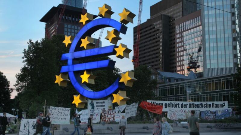 欧元区需要财政刺激措施,然而,可能要等到经济放缓恶化到严重危机后才会采取行动