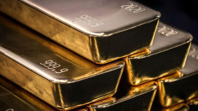 黄金日报:疫情形势恶化提振美指,新刺激措施难以出台压制黄金,但风险资产再遭抛售推动金价反弹