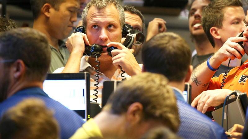 """石油价格战引爆全球金融市场""""黑色星期一"""""""