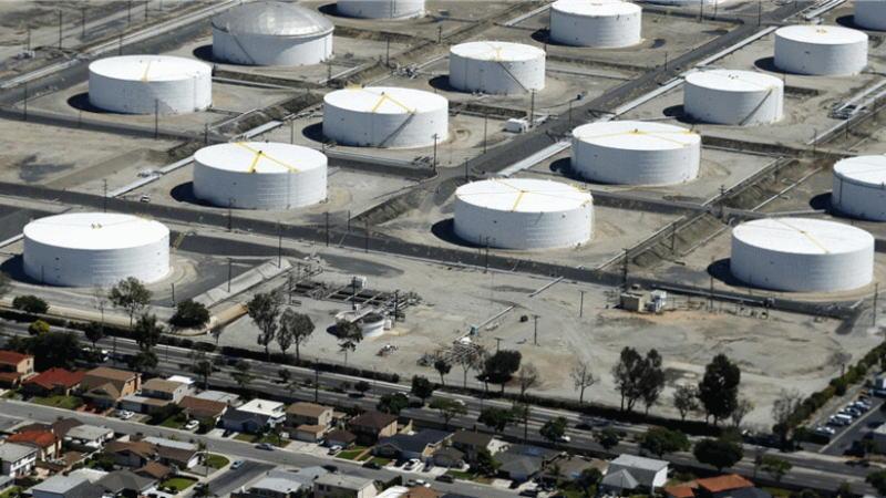 尽管存在轻微的期货溢价,但库欣原油库存仍稳步上升