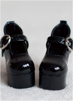 taobao agent 1/4, 1/3, SD16 female Pround large female size BJD doll LOLI shoes (black and white 2 colors)-S56