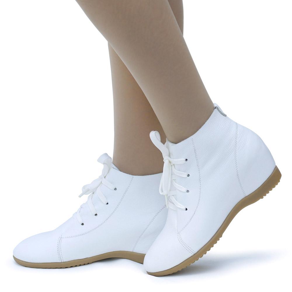 春秋冬季款大码小码内增高女短靴护士单靴白色鞋靴子女真皮高帮鞋