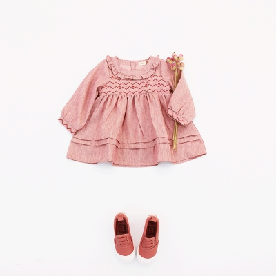 Children's clothing 2017 autumn and winter new 1-3-5-year-old female baby retro embroidery skirt girl pink long-sleeved dress