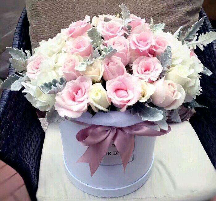 教师节南宁鲜花同城速递生日花束礼盒粉玫瑰康乃馨百合送女友