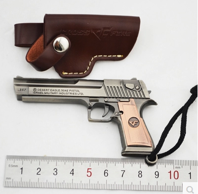 Across The Alloy Fire Gold Desert Eagle Pistol Weapon Metal Model 1 3 Keychain Pendant