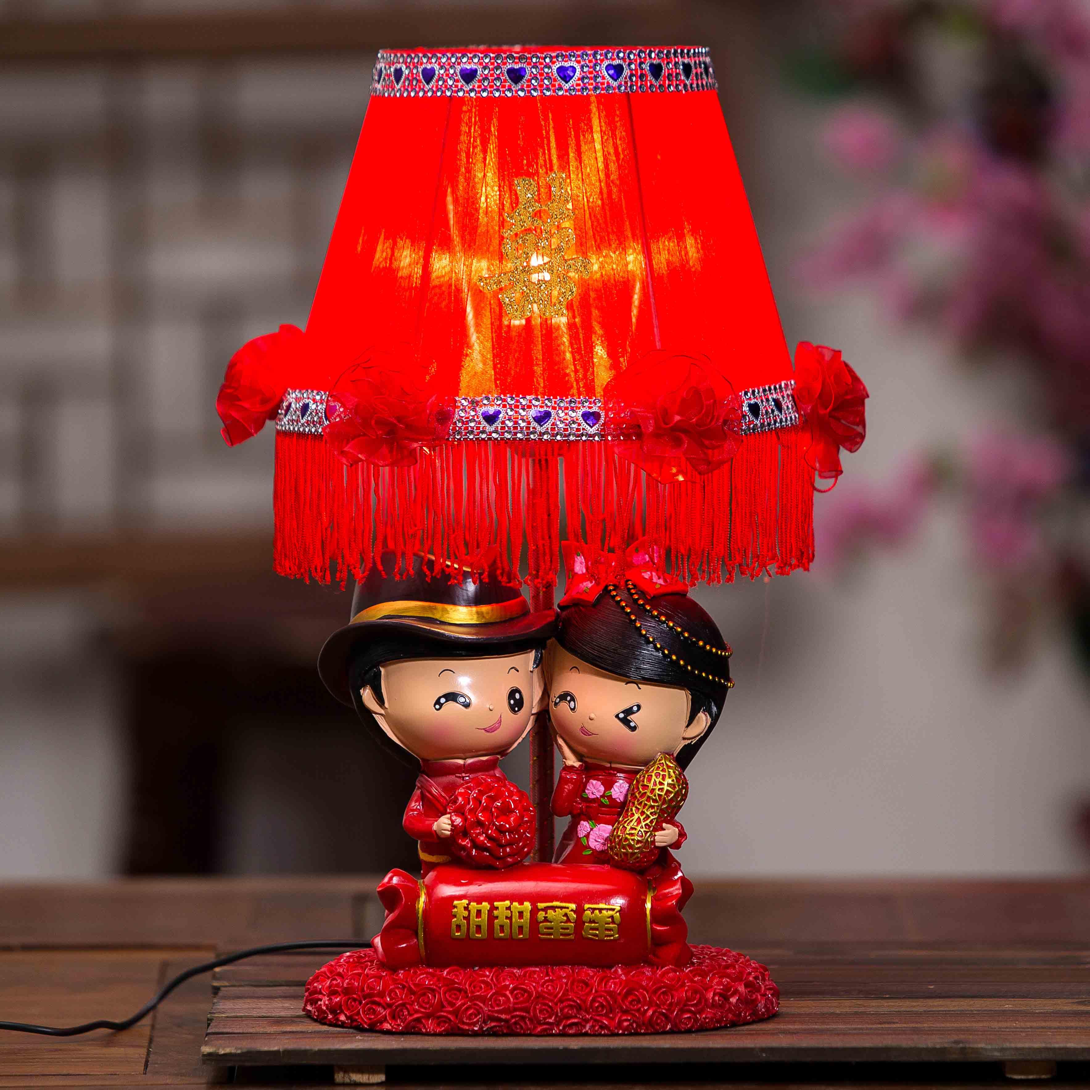 新款花朵婚庆喜庆孔雀树脂底座台灯高档田园蕾丝公主粉床头灯包邮