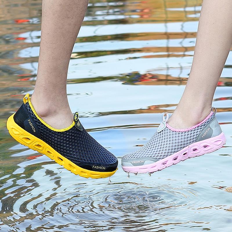 Кроссовки облегчённые Амфибия болотных обувь женщины сетки дышащий легкий рафтинг походы обувь Открытый нескользящей лето быстро сухой мужские сандали