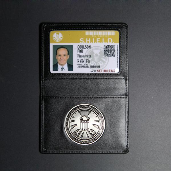 """"""" бог щит офис специальный работа «S.H.I.E.L.D. металл знак натуральная кожа полномочия клип ID карта можно настроить"""