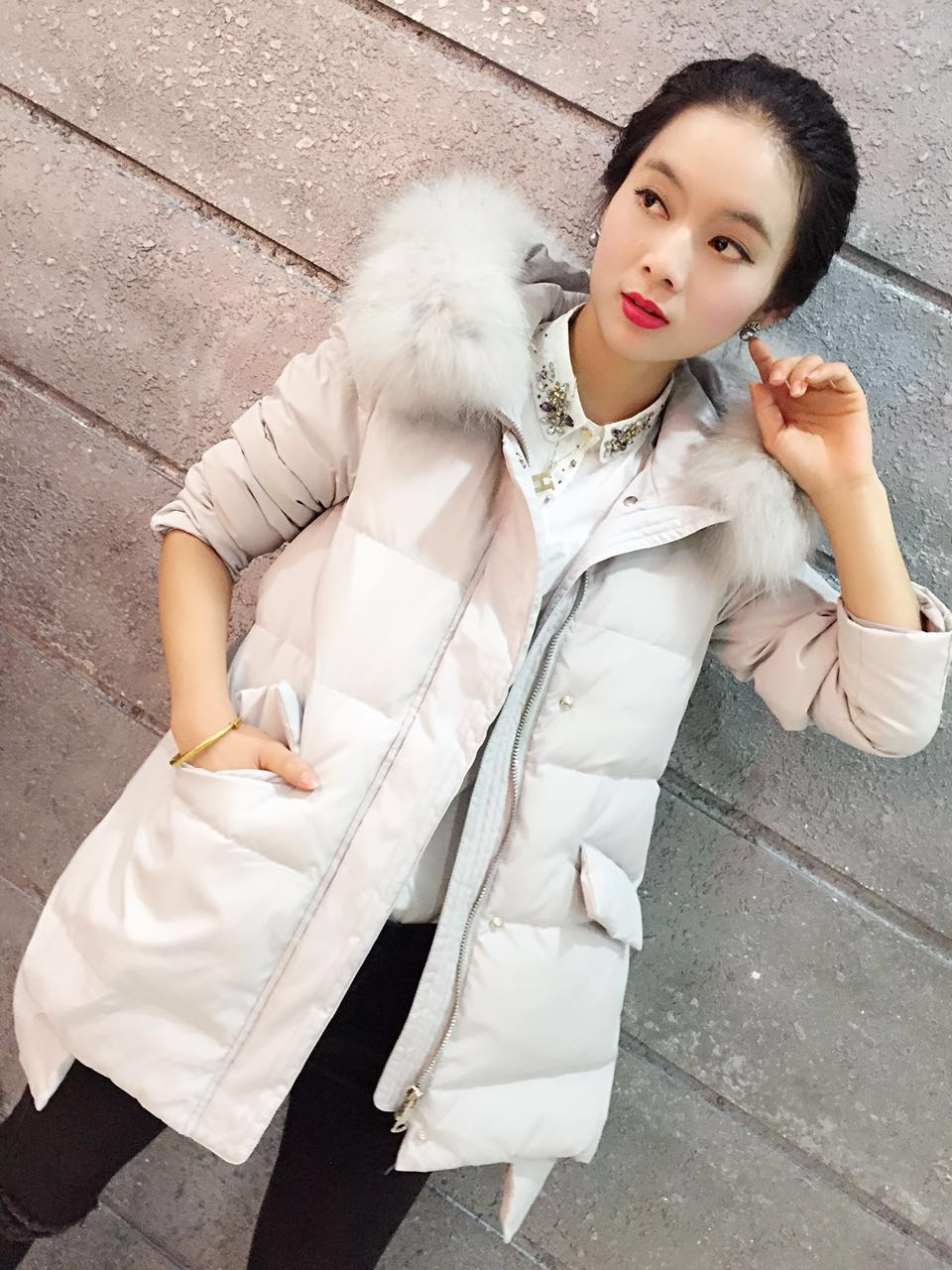 包邮新款韩版大码燕尾长款修身显瘦大毛领羽绒服A字型女鸭绒保暖
