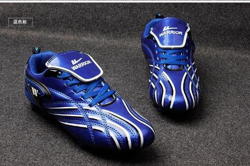 新款回力儿童亲子足球鞋正品男女童足球鞋刀钉碎钉圆钉包邮