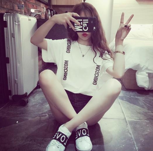 2015欧洲站夏装新款百搭学院风女韩国 背带装饰潮闺蜜短袖tee恤衫