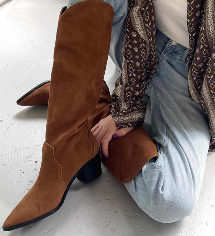 韩国东大门女鞋代购磨砂绒面高筒靴子女尖头不过膝粗跟西部牛仔靴