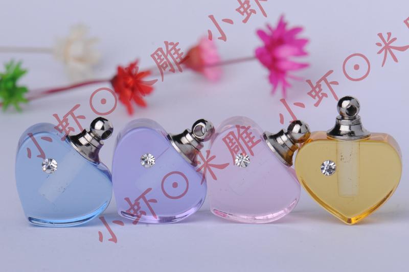 工厂直销米雕米上刻字大米刻字饰品配件生产批发镶钻水晶瓶心相印