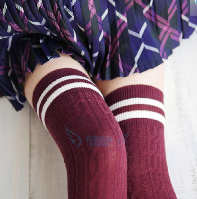 包邮新品女士全棉两条杠条纹长筒过膝袜日韩系学院风高筒麻花暗纹