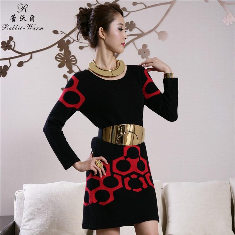 蕾沃尔 秋冬新款连衣裙长袖裙女纯兔绒圆领修身一步裙B130618