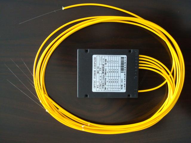 有线电视用 宽带型光分路器 1x12分路不带头 80*120*18mm 12分路