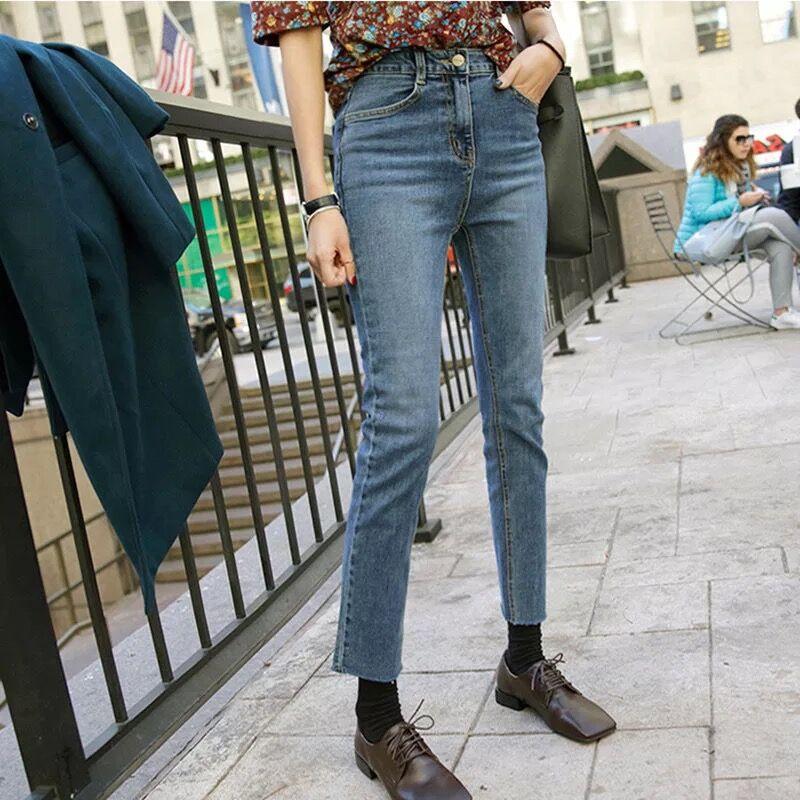 韩国2018春季新款牛仔裤子女高腰小直筒裤毛边弹力显瘦九分微喇叭