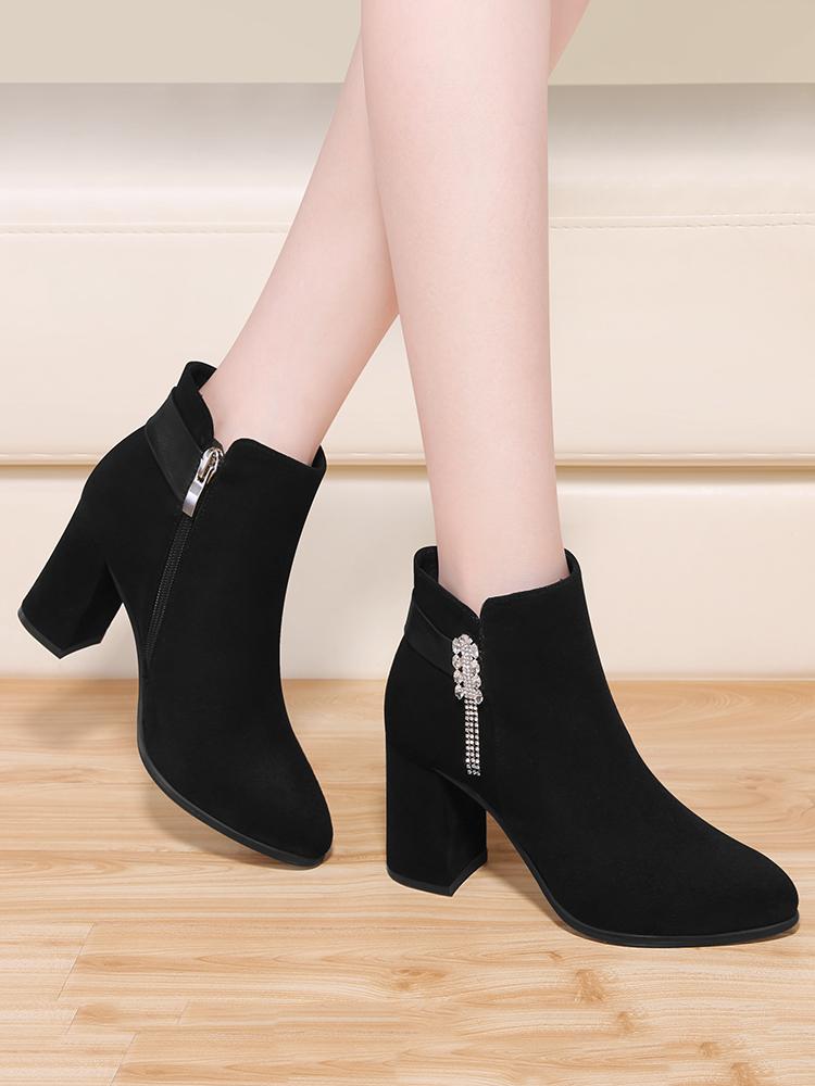 高跟鞋女秋冬女鞋2021年新款粗跟时尚单靴磨砂黑色绒面尖头短靴女