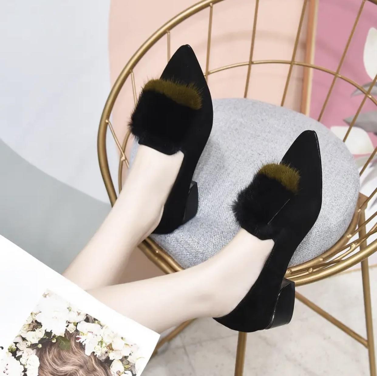 耐娇莉鞋业磨砂羊皮水貂毛单鞋女粗跟2021秋皮鞋尖头绒面春秋女鞋