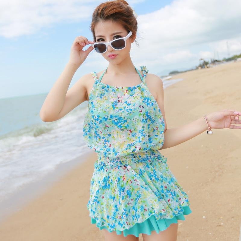 韩国新款钢托聚拢大小胸分体游泳衣女士三四件套显瘦遮肚保守泳装