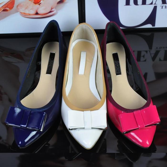茵 思加图物实拍2015新款女鞋夏真皮休闲平底鞋单鞋9SD05 9SD01