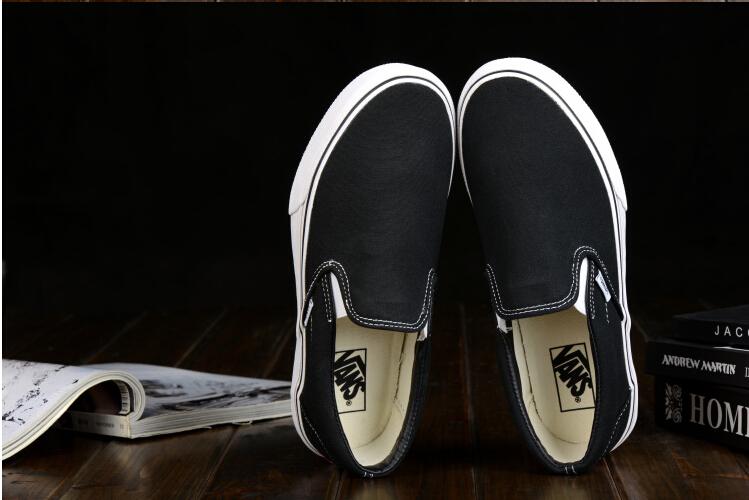 VANS Slip-On 黑白经典款一脚蹬  懒人鞋 男鞋女鞋 VN-0EYEBLK