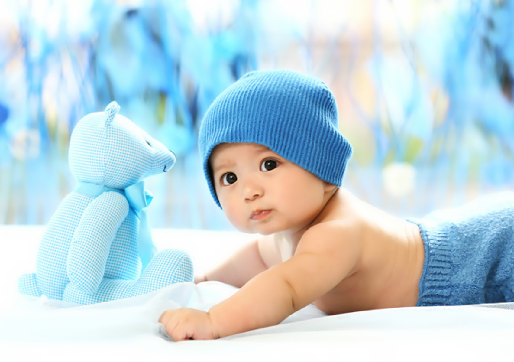 漂亮小宝宝桌面图片_小宝宝壁纸_裕安图片网