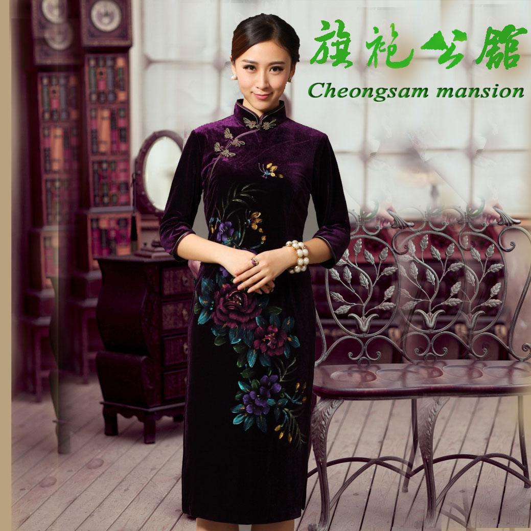 古典老上海改良新婚宴会紫色金丝绒长袖秋冬手绘高雅旗袍