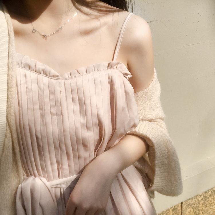 2018新款女夏季显瘦仙女压褶腰带连衣裙小清新时尚吊带韩版中长裙