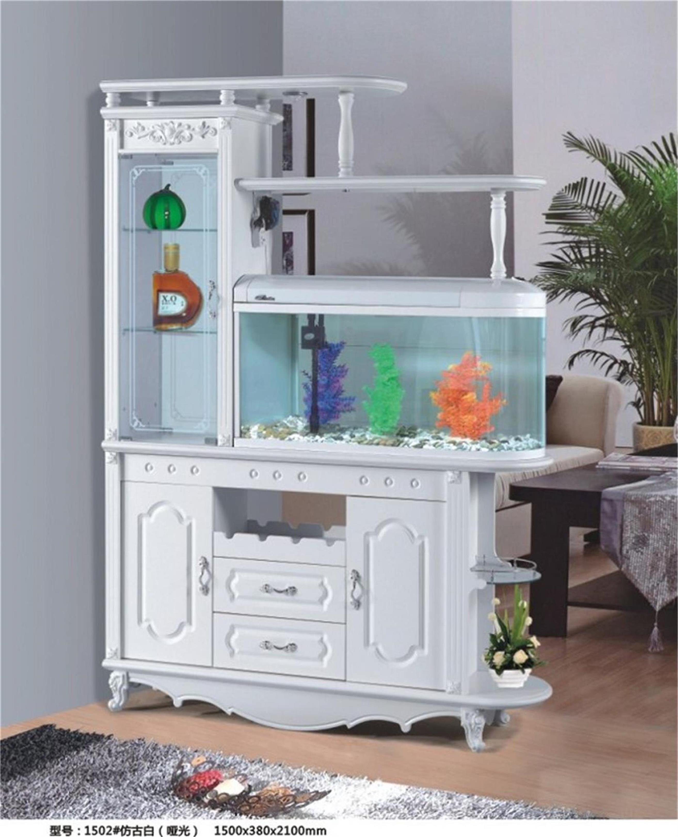 欧式酒柜带鱼缸