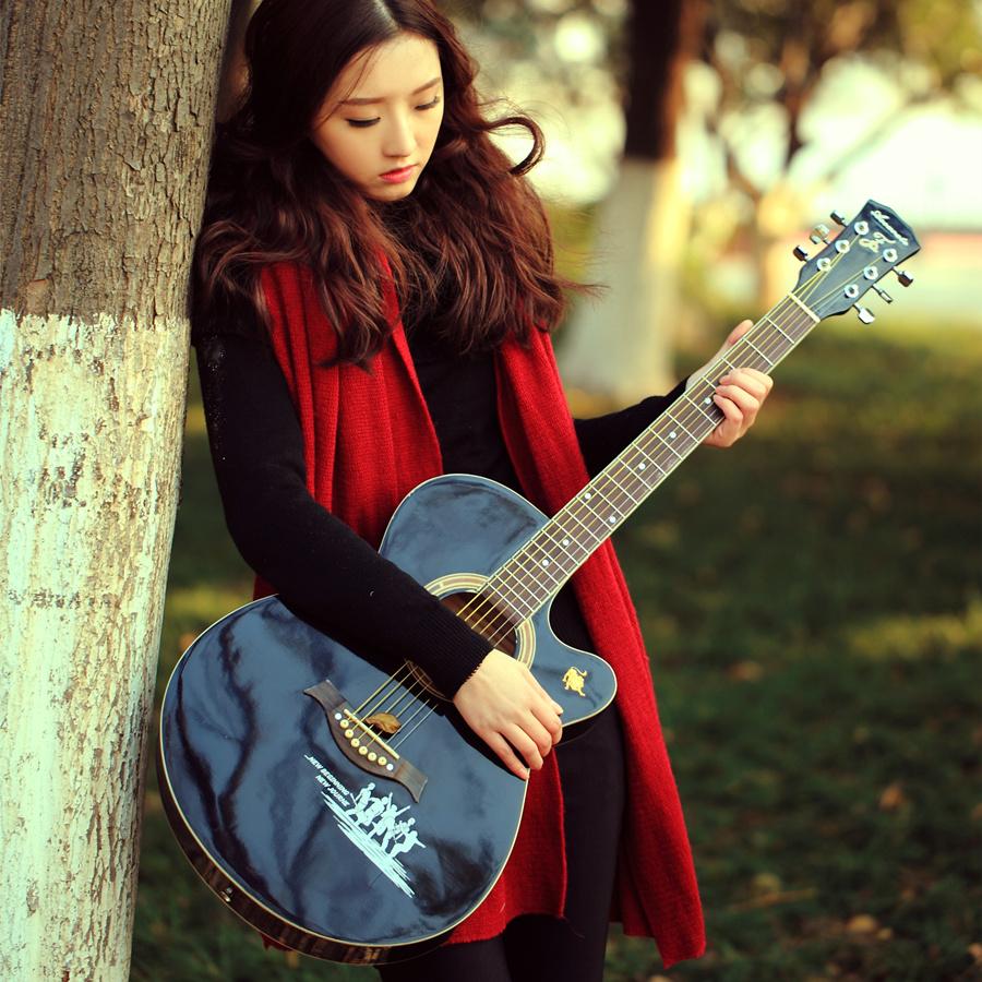 初学者吉他乐器女生_乐器专卖吉他_电子吉他