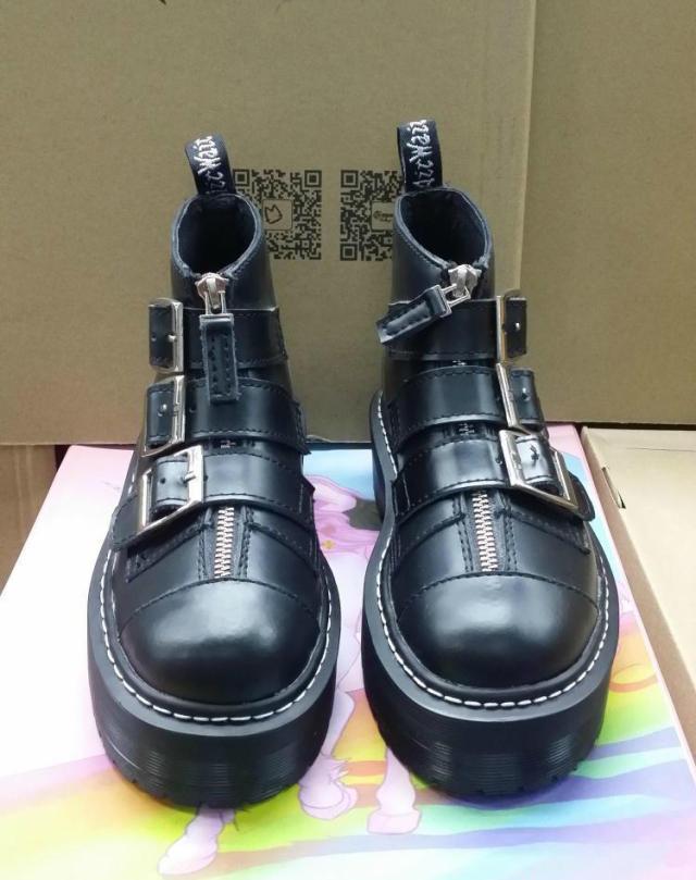 2014秋冬新款原宿风厚底皮带扣马丁靴女靴复古英伦风朋克学生短靴