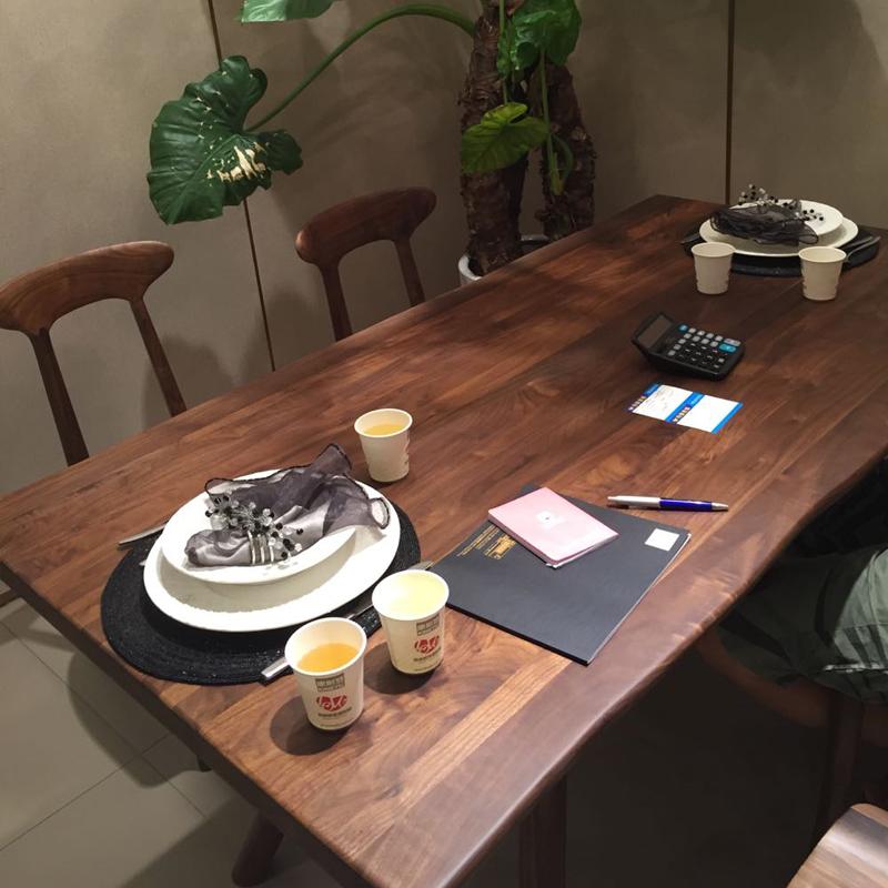 进口北美黑胡桃实木餐桌 餐厅长餐桌 奢华大气 实木餐桌FA05557