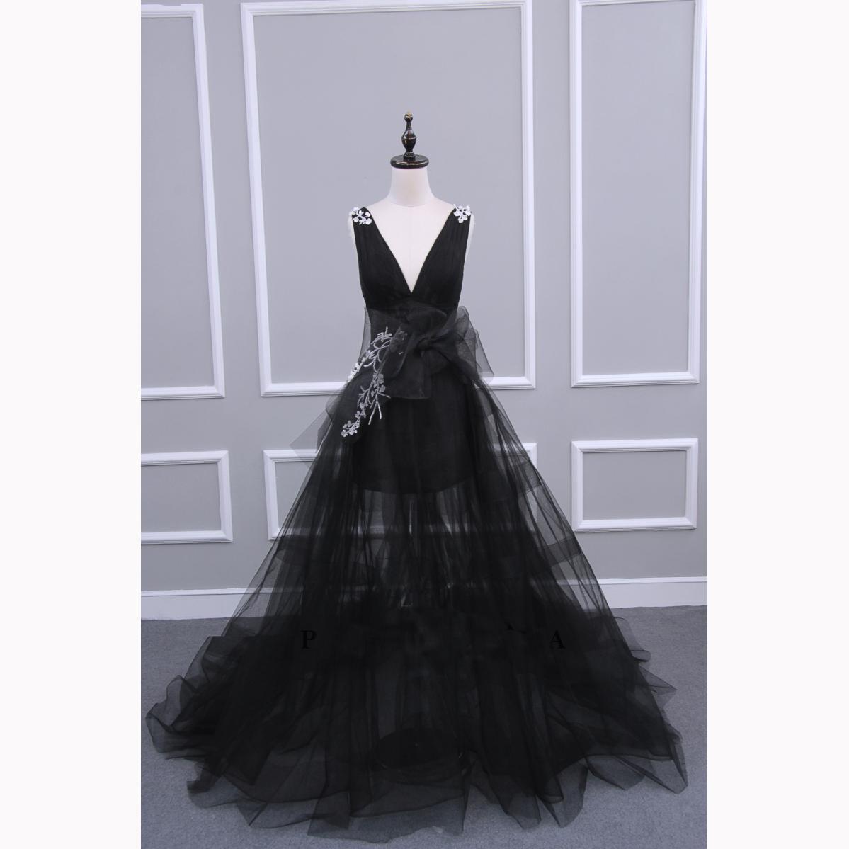 上海perimoda婚纱高级定制2018年新款黑色轻薄礼服海外三亚旅拍