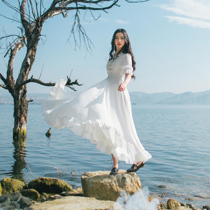 民族风刺绣长裙过膝女夏学生仙女裙森系公主文艺范复古长袖连衣裙
