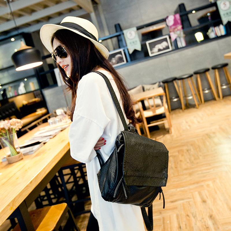 2015韩版时尚双肩包 女士休闲水洗皮软面背包 英伦学院风学生书包