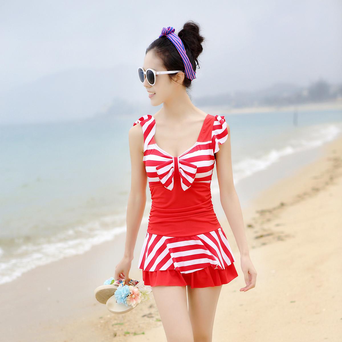 包邮韩国温泉泳装学生少女海军风条纹连体裙式显瘦聚拢女士游泳衣