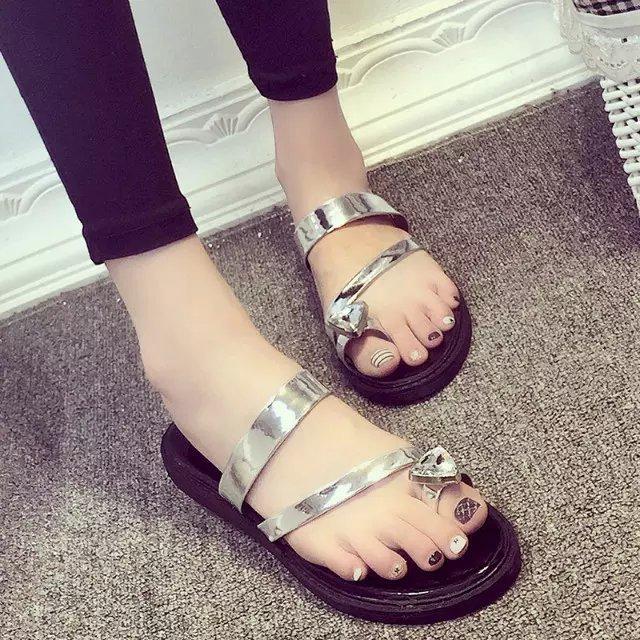 2015夏新款水钻平底套趾时尚沙滩鞋夹脚女士凉拖韩版潮人字女拖鞋