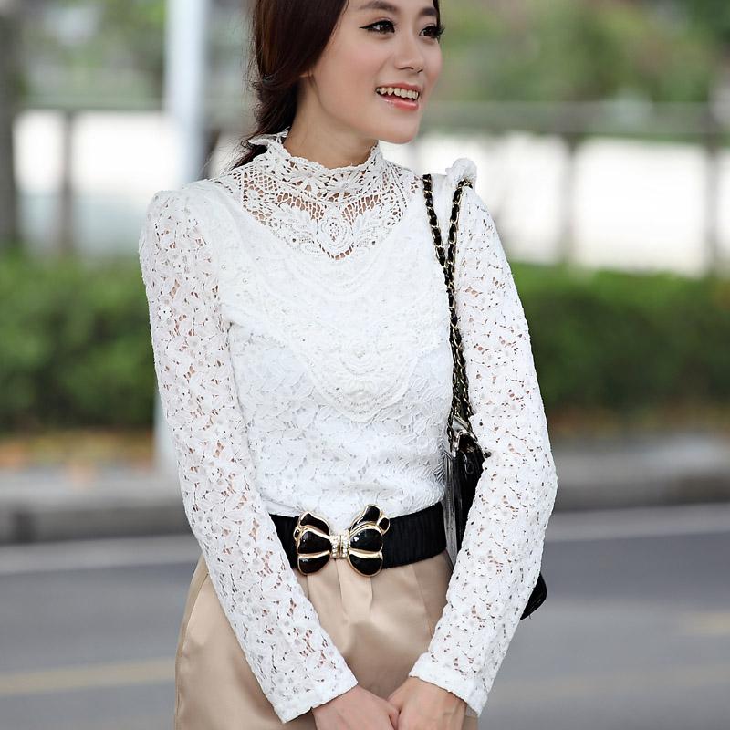 蕾丝白色镂空打底衫