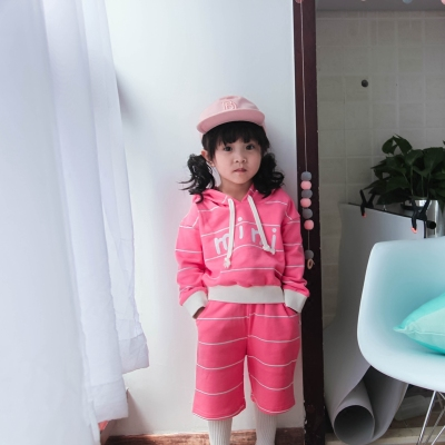 Meng Bao girl one-year-old girl two-piece suit princess princess dress Korean version of the children's baby set autumn