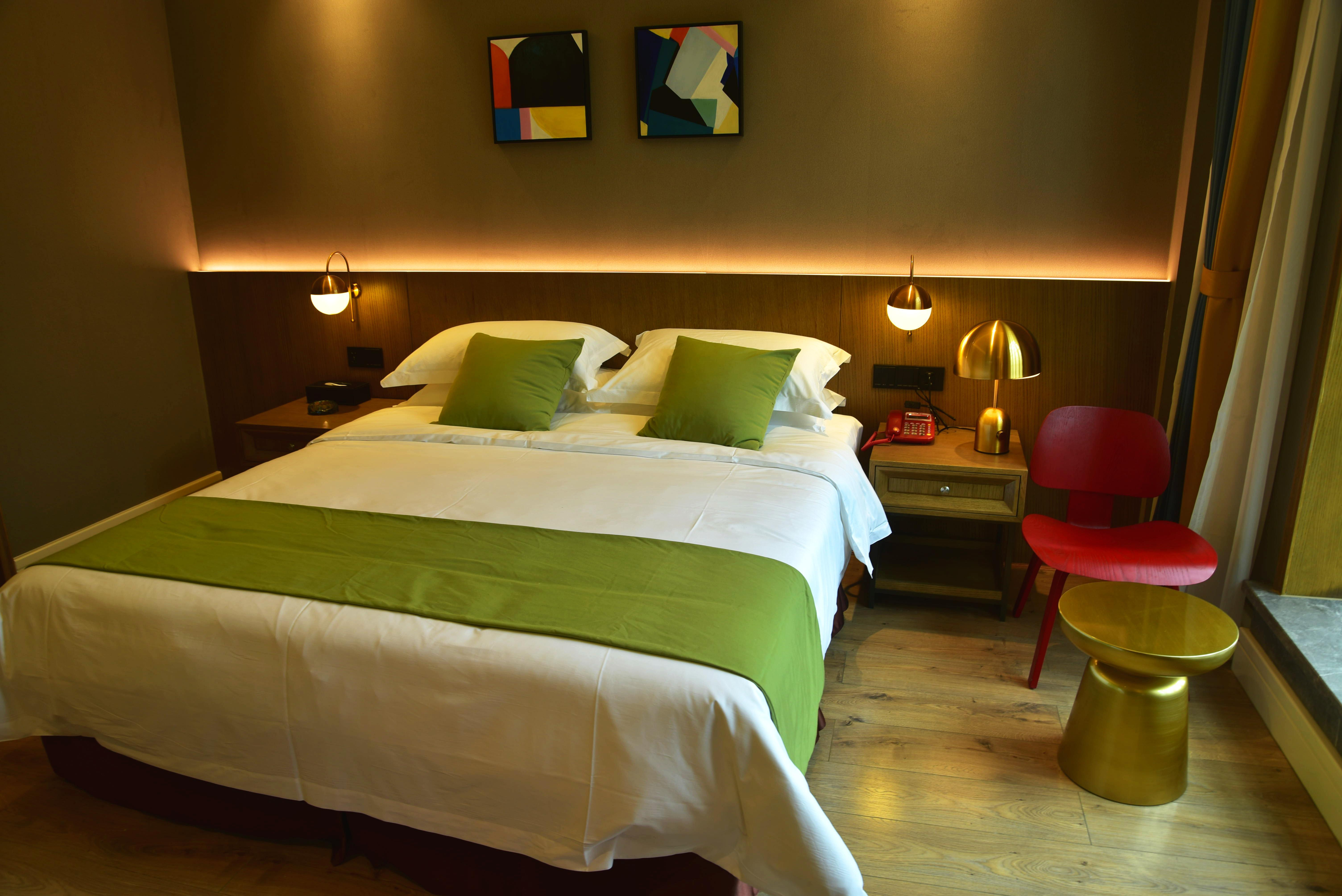 乐山华盛酒店舒适大床房