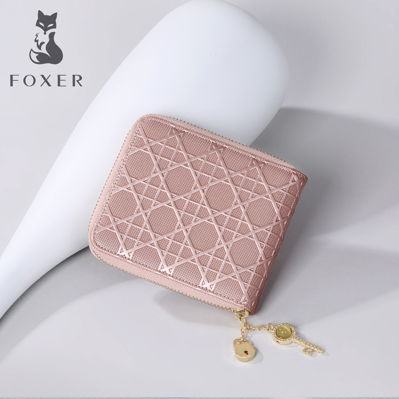 Gold Fox Diamond pattern embossed short money clip ladies wallet ticket clip Europe and the United States women wallet trend