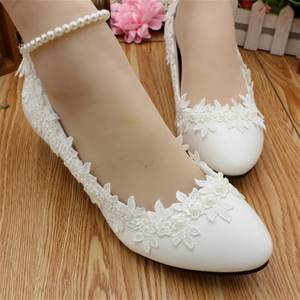WS008210 White bride flat shoes wedding dress photo with women s shoes lace  pearl chain imitation leather ... 3acc4d1f3cc6