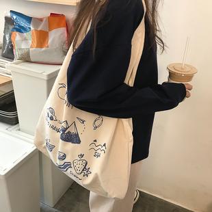 小众设计日系百搭学生2020新款帆布包 秋冬潮ins大容量单肩包包女