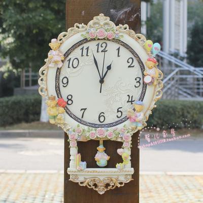 树脂小熊钟表