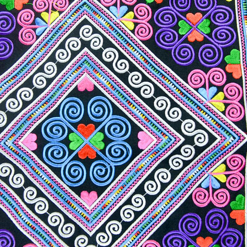 广西壮族壮锦图案刺绣片 DIY特色民族包服装饰品 密针绣花 包邮