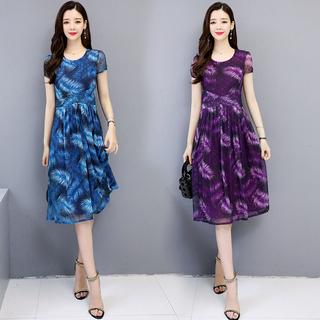 中年女装妈妈春装连衣裙子2019新款夏装短袖中老年高贵洋气阔太太