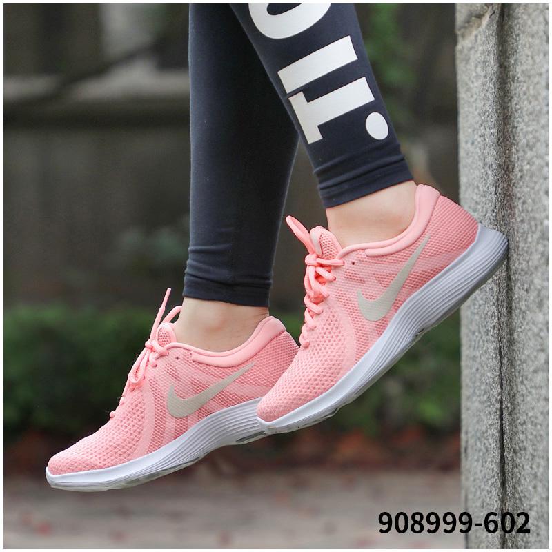 Nike耐克女鞋2018新款正品樱花粉秋冬休闲运动网面健身透气跑步鞋